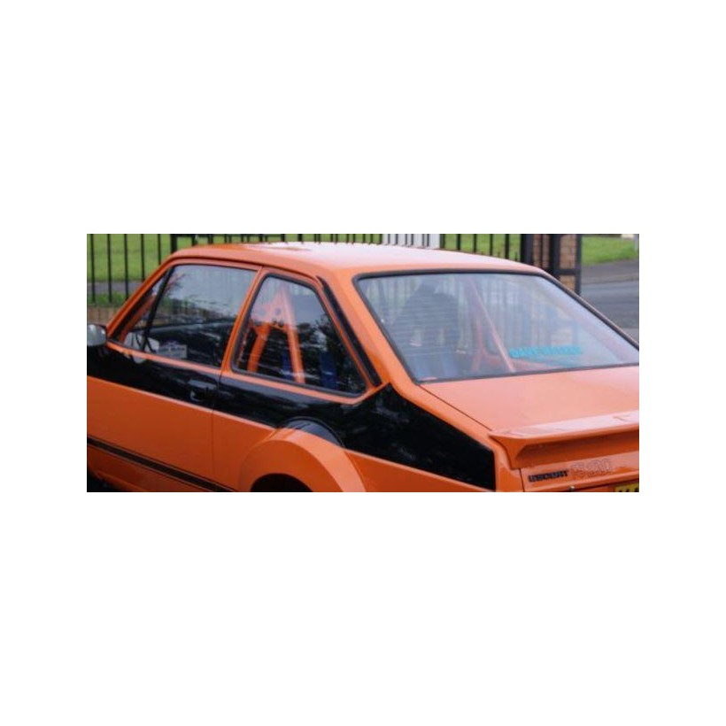 ford-escort-saloon-petrol_7912066.jpg